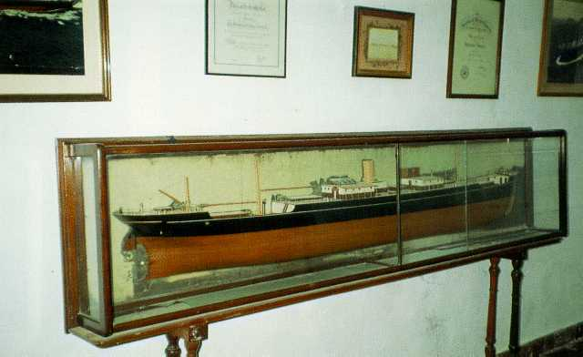 ANDROS PHOTO GALLERY - MARITIME MUSEUM OF ANDROS
