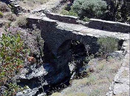 ANDROS PHOTO GALLERY - OLD BRIDGE IN DIPOTAMATA