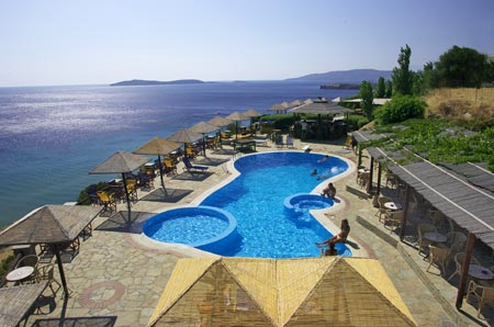 BLUE BAY VILLAGE  HOTEL IN  CYCLADES